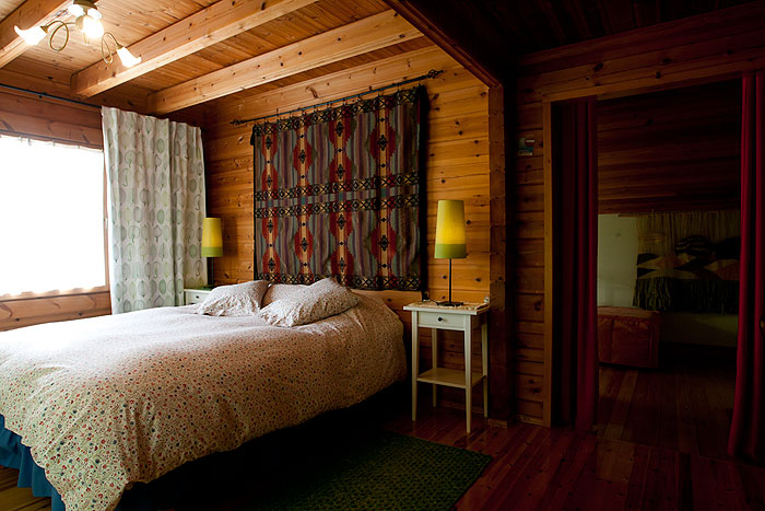 Habitaciones la casa de madera for La casa de madera